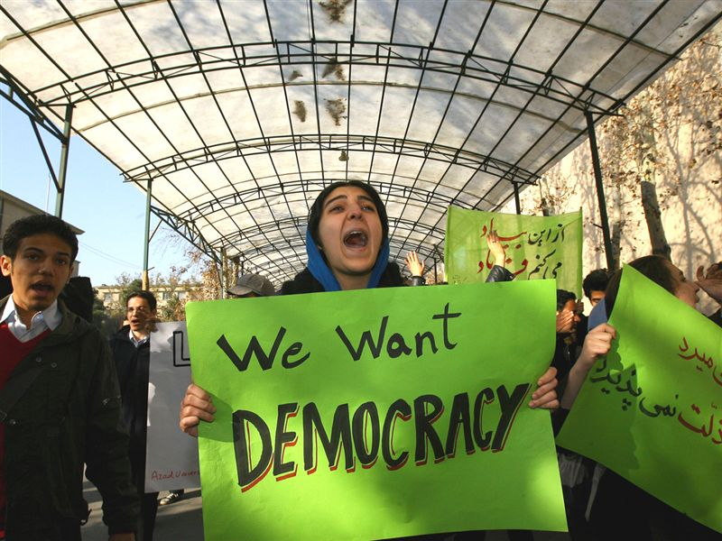 iran-protest-we-want-democracy1.jpg